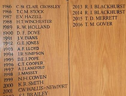 Honoursboard-lettering