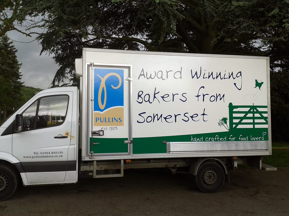 Luton Van Sign Writing