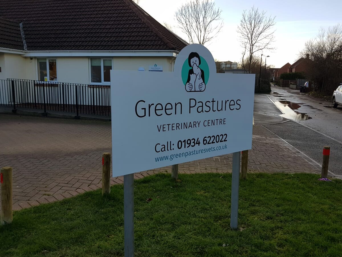 Vets Sign